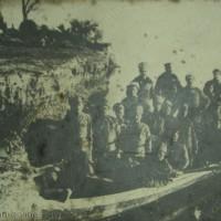 Побратимяване на руски и български войници на фронта при река Серет 1917