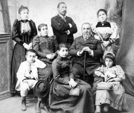 Семейството на Илия Цанов с брат му Найчо, Видин, 1890