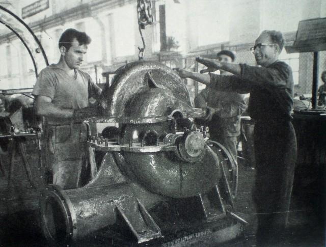 Монтажният цех на завода за помпи Георги Димитров във Видин