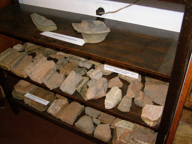Антични артефакти и уникати от бита на хората в село Дреновец е събрала новооткритата музейна сбирка в местното читалище