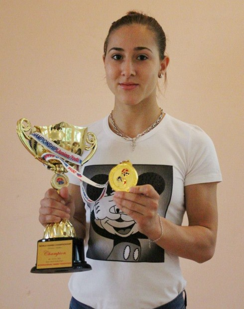 Тържествено посрещане на четирикратната световна шампионка по самбо Цветелина Цветанова
