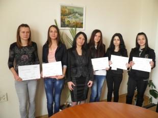 """Ученичка от ПМГ """"Екзарх Антим I"""" беше Директор на Офис на НАП Видин за един ден"""