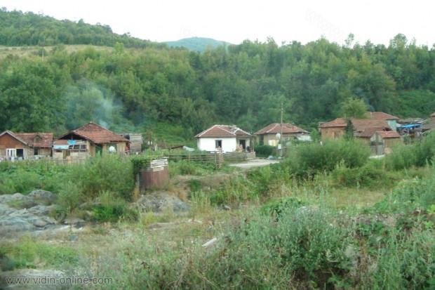 Илиан Михайлов, кмет: Община Чупрене се грижи за сметосъбирането и извозването на боклука от село Горни Лом