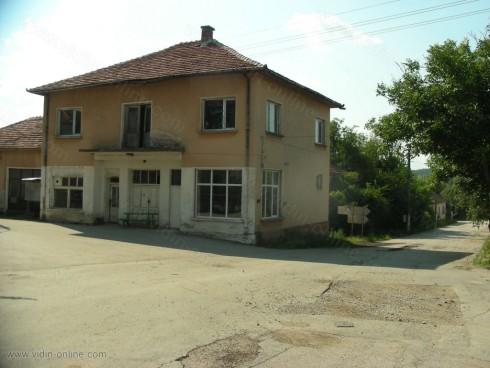 Осми ден няма ток в село Киреево, община Макреш