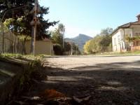 Снимка от село Върбовчец. В далечината се вижда Смедовръх зад който се намира Белоградчик