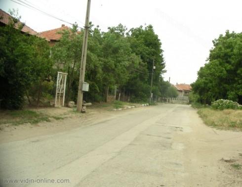 Последният дъжд нанесе щети по улиците в село Винарово