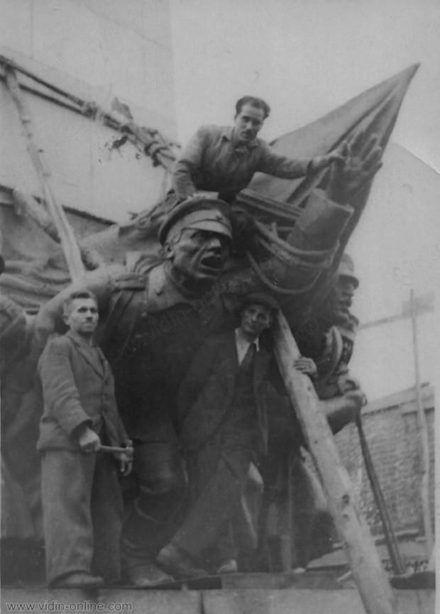 Строеж на паметника на Бдинци