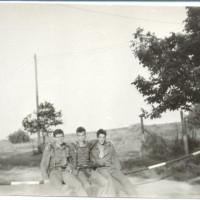 От ляво-надясно Редник Ничев,Редник Филипов и мл.с-т. Крушков на ПГР след пещера Магурата