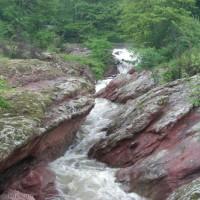 Каменното ждрело до Фалковец