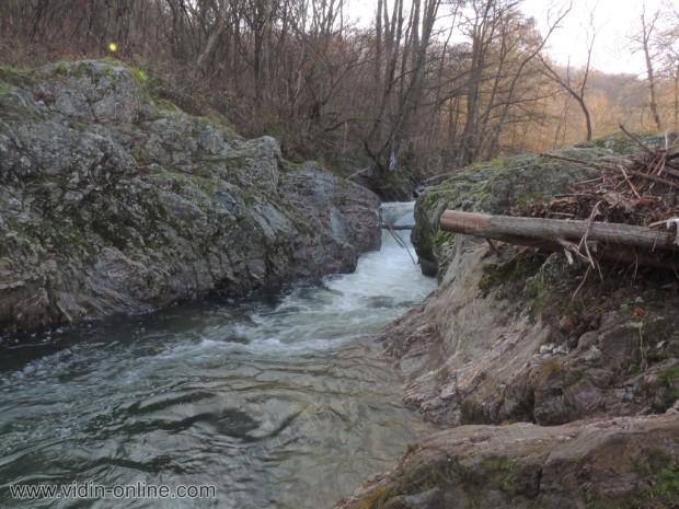 Водопад Бобока