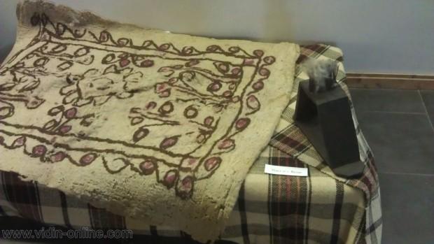 Орнаментирани плъстени килими от Видинско