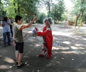 """Почистване на парк """"Владикина Бахча"""" във Видин"""