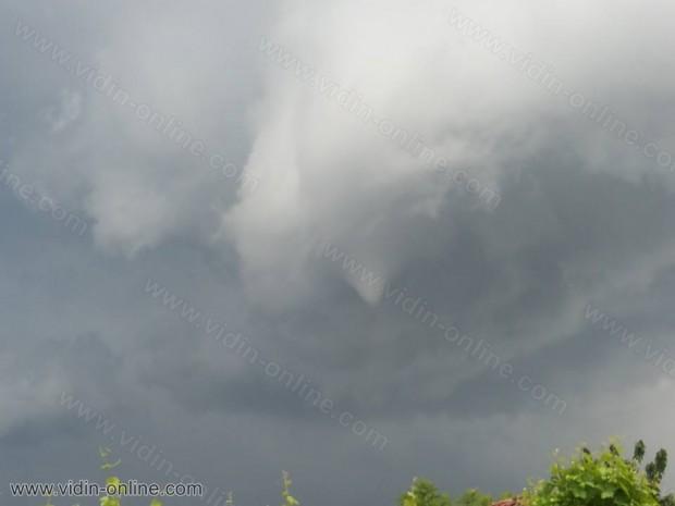 Торнадо в община Ружинци