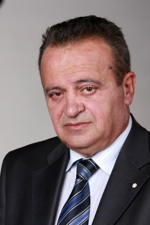 Почина председателят на СБП Николай Петев