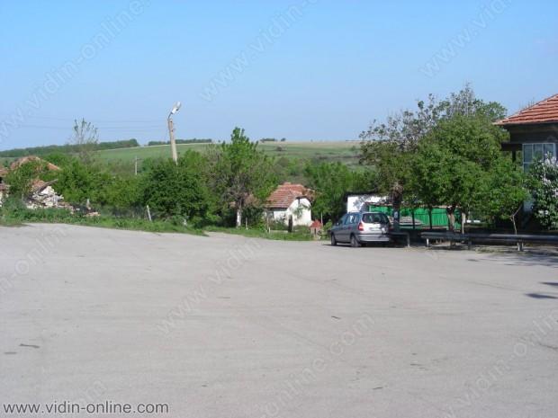 Извършена е  кражба на 30 метра рекордоман в село Бориловец