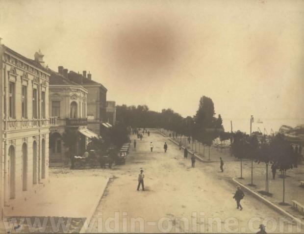 Старата жп гара